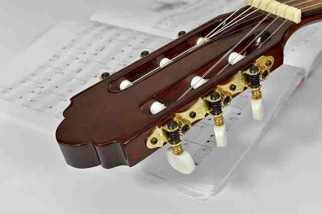 Comment changer corde guitare classique