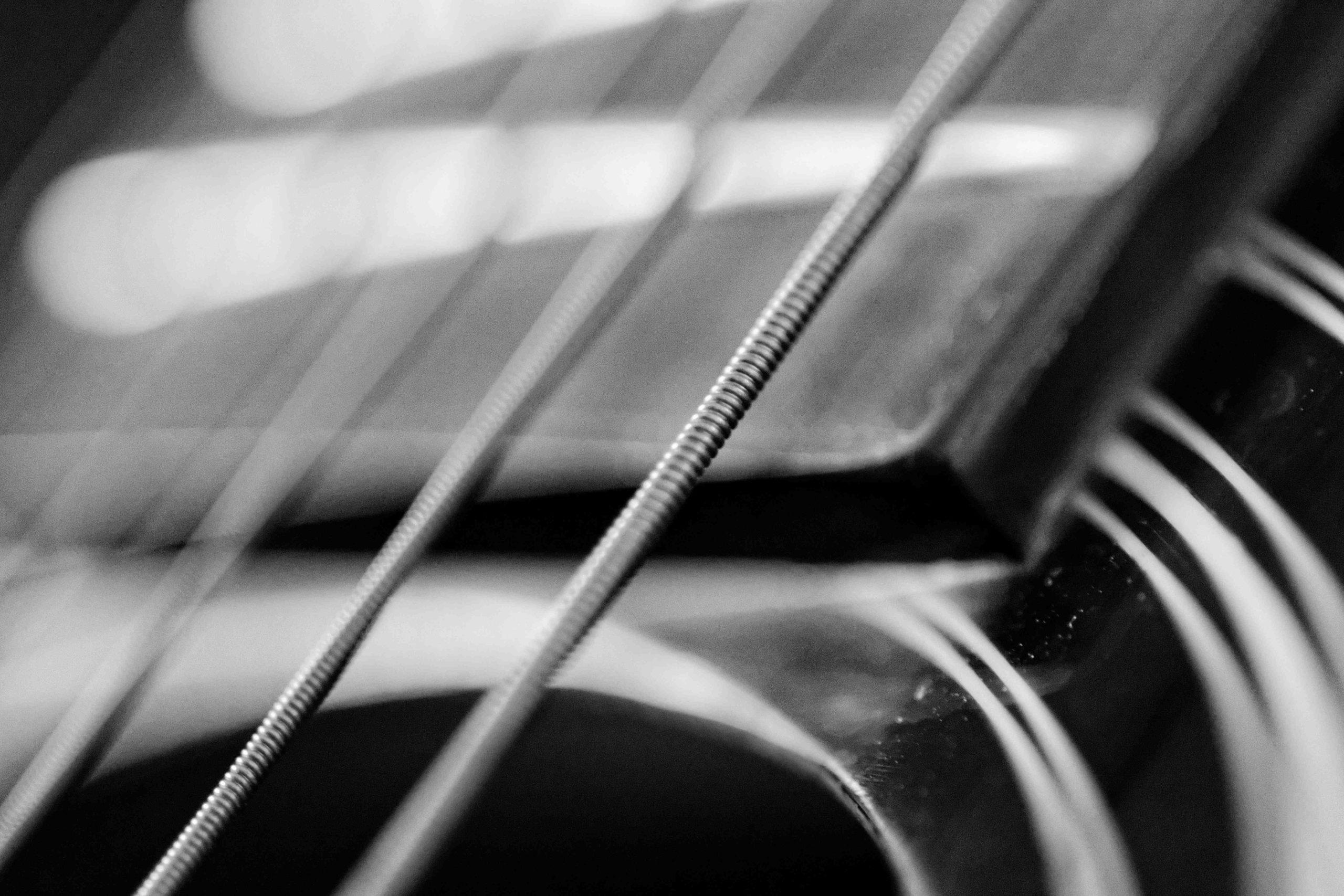 Comment choisir une guitare folk acoustique?