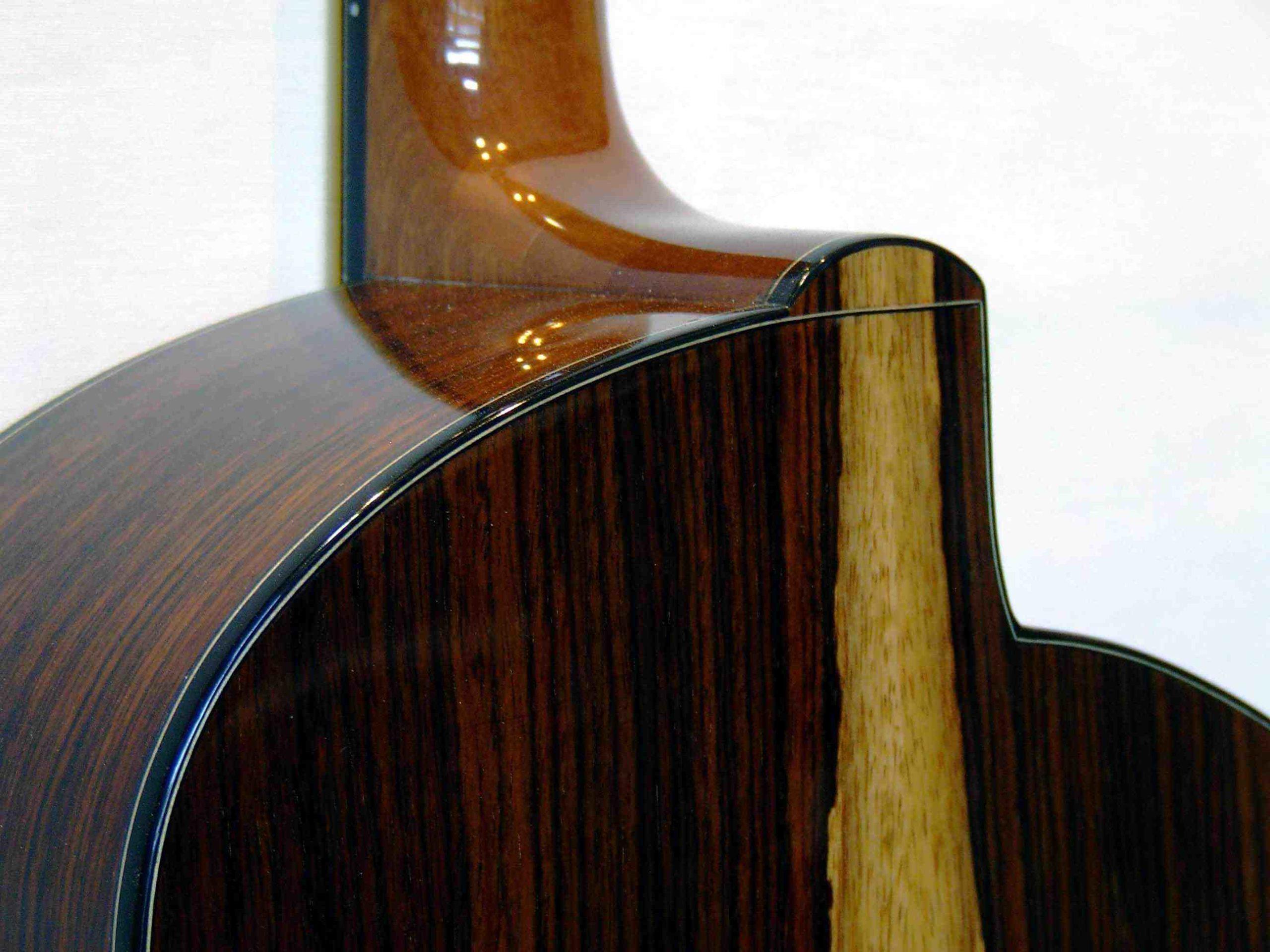 Comment choisissez-vous vos cordes de guitare folk?