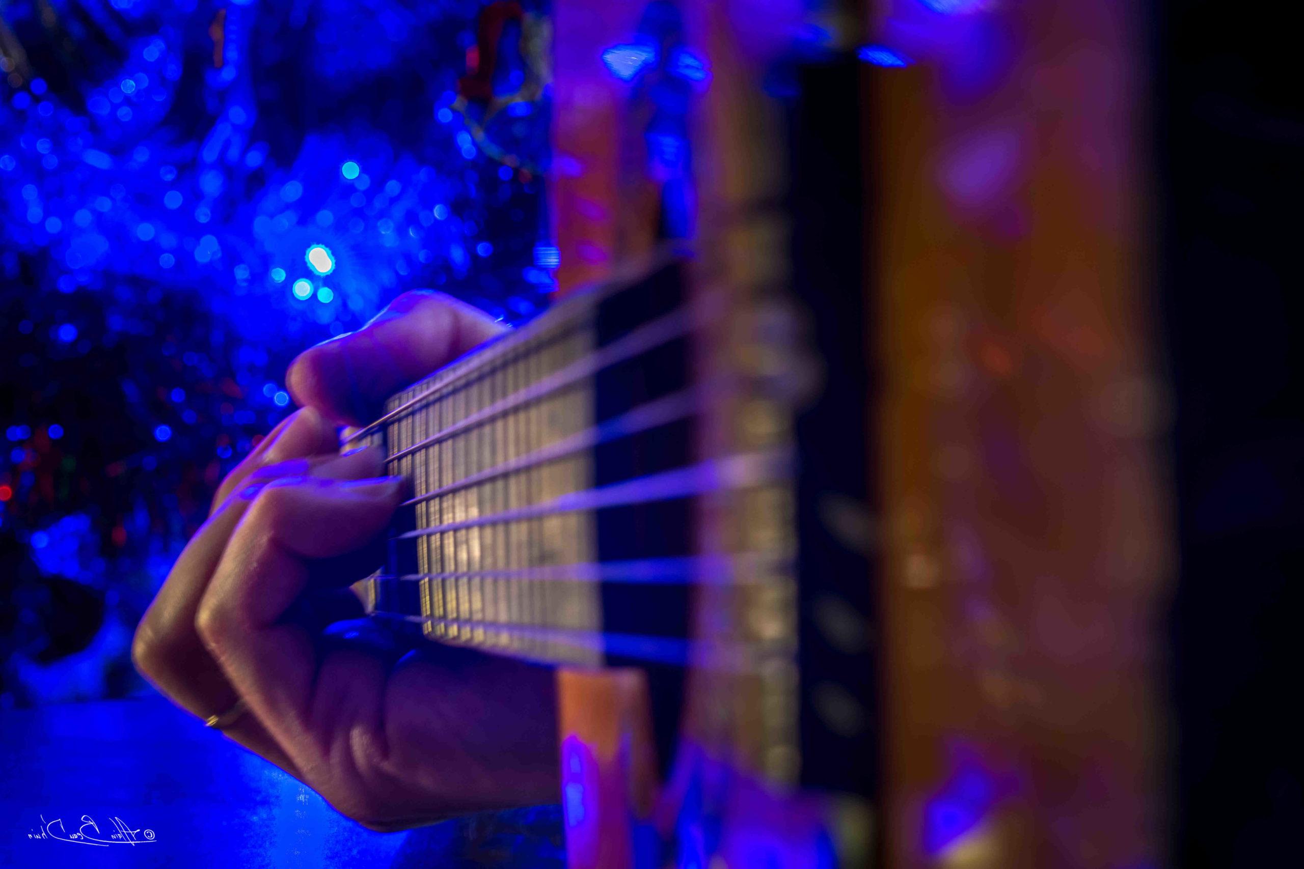 Comment placer ses doigts sur une guitare