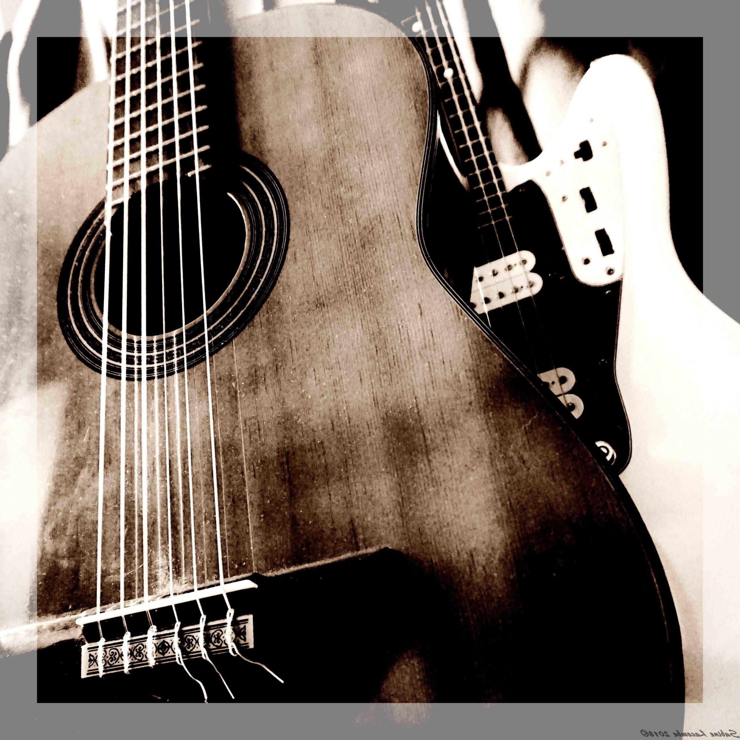 Comment remplacer les anciennes cordes de guitare?