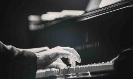 Comment apprendre à jouer  piano