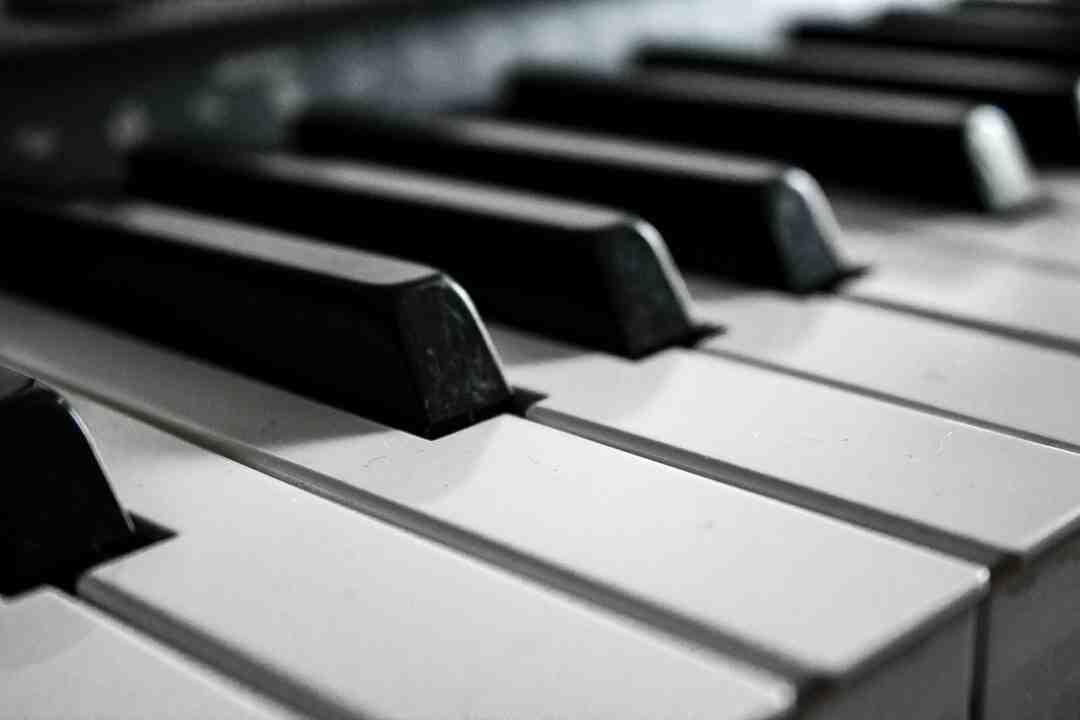 Comment jouer piano
