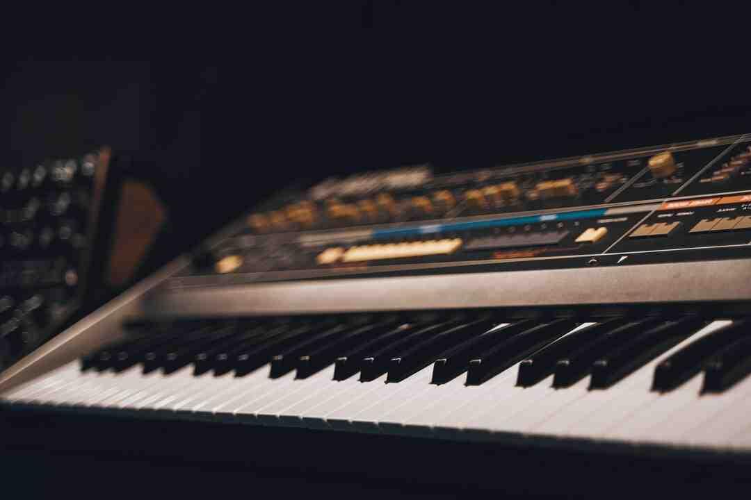 Comment allumer un piano yamaha