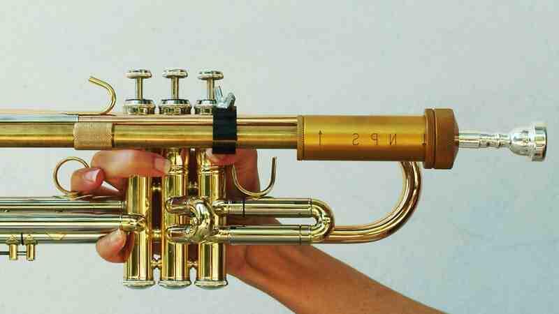 Comment nettoyer une trompette argentée